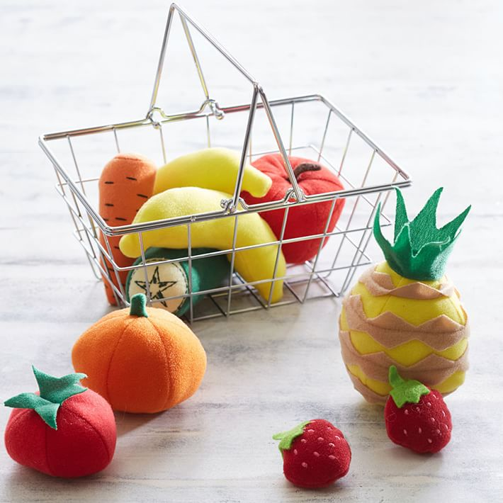 Grocery basket and play food